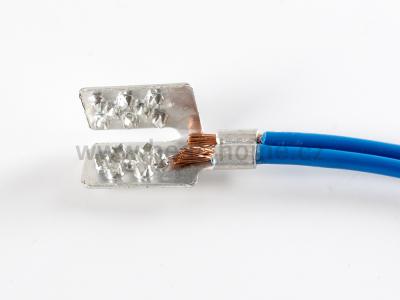 lisovací konektor